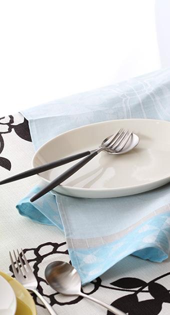 大皿が1枚あれば、盛り皿として使えて◎~アラビアKOKOプレートト~